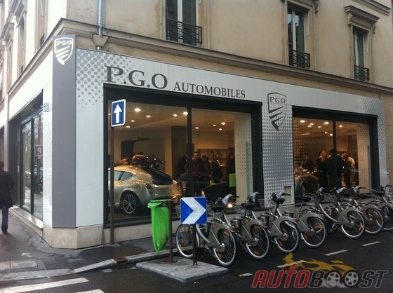 showroom pgo a paris neuilly. Black Bedroom Furniture Sets. Home Design Ideas