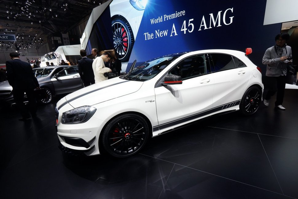 Photo direct Genève 2013 : Mercedes A45 AMG Edition 1
