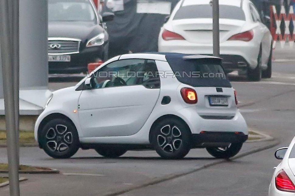 Photo espionnage : Smart ForTwo Cabriolet