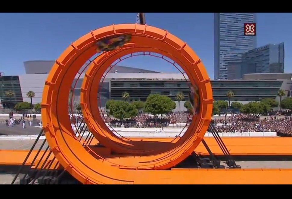 Photo Hot Wheels Double Looping X games 2012 los angeles