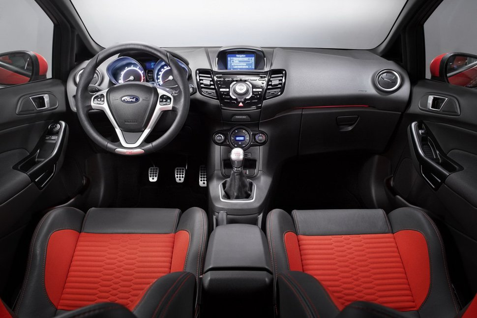 Photo officiel : Ford Fiesta ST habitacle