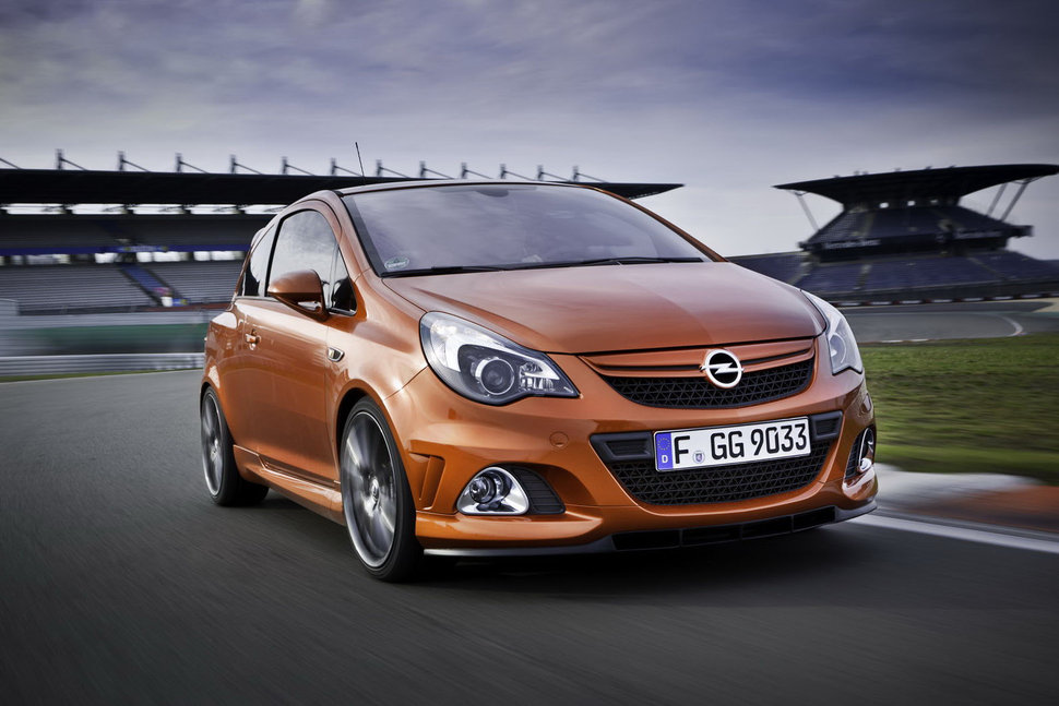 Photo Opel Corsa OPC Nürburgring Edition en action