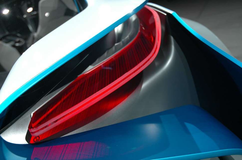 Photo Phare BMW Vision Efficients Dynamics