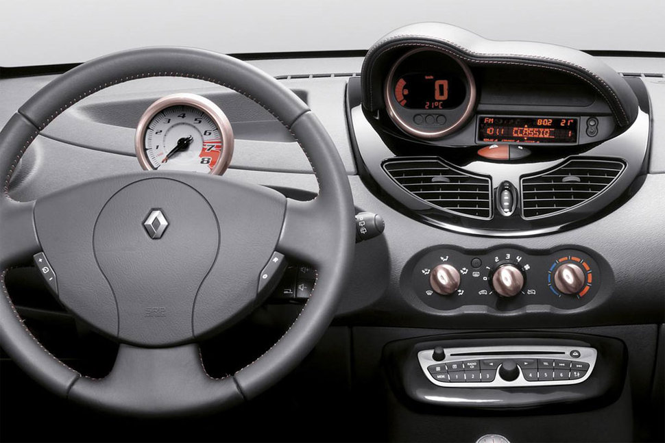 photo renault twingo miss sixty volant. Black Bedroom Furniture Sets. Home Design Ideas