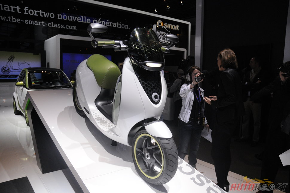 Photo Smart E Scooter au mondial auto 2010