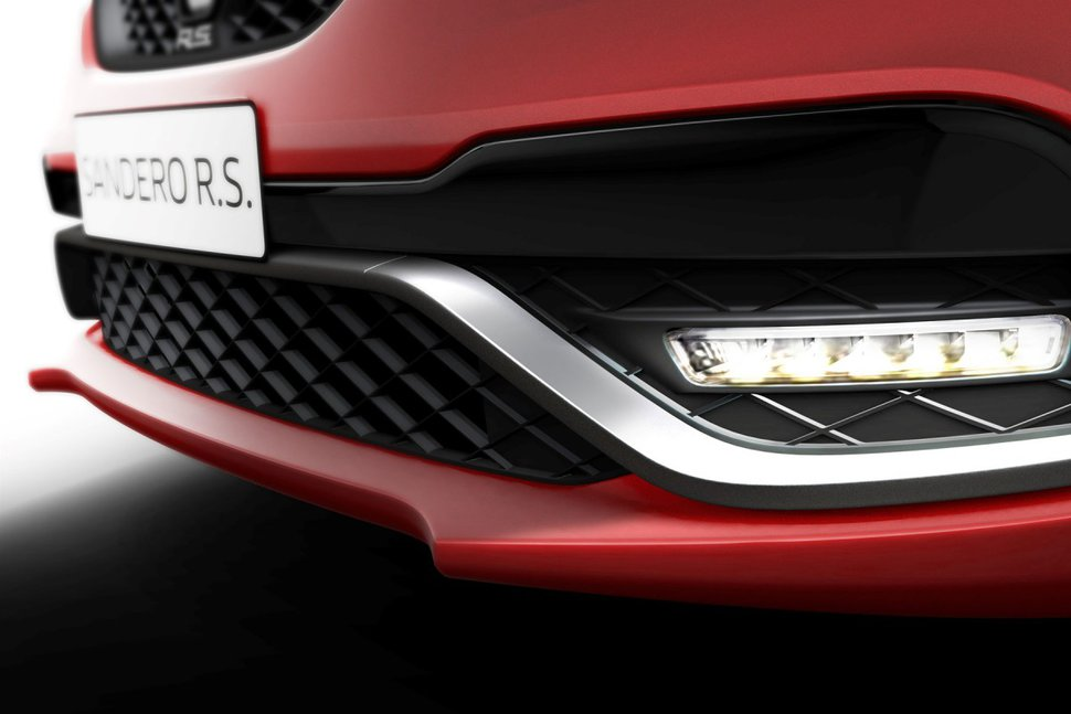 Photo spoiler - Renault Sandero RS